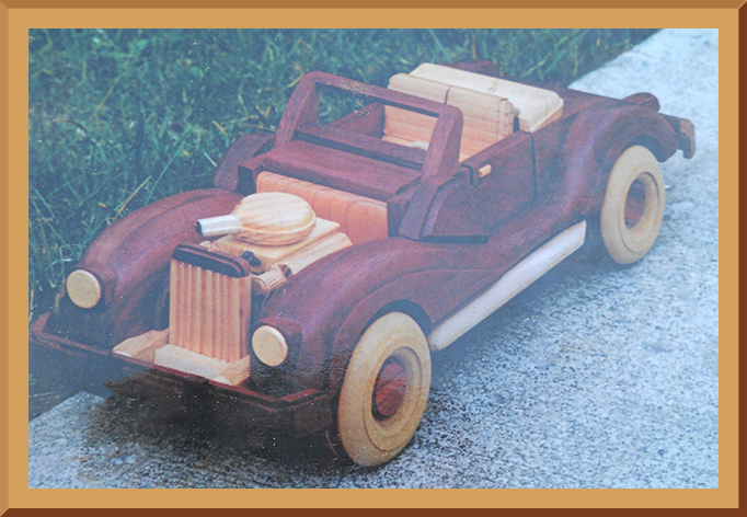 Wooden Model Vintage Roadster Convertible