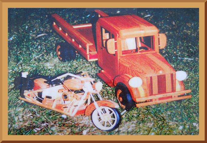 Wooden Models - Vintage Pickup Truck & Motorcycle